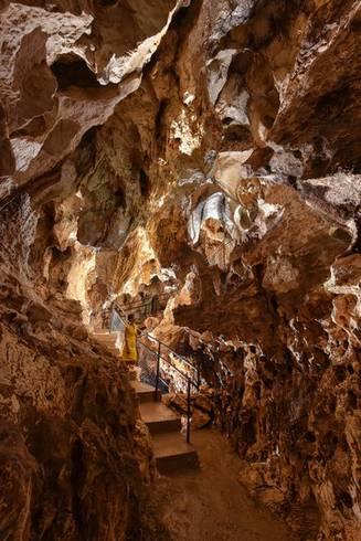 Grotte de Thaïs